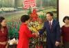 Đồng chí Phó bí thư thường trực tỉnh ủy, Chủ tịch HĐND tỉnh đến thăm, chúc mừng cán bộ, giáo viên Trường Mầm non Hoa Sữa, thành phố Nam Định