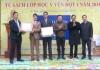 Hội Doanh nhân Ý Yên - Hà Nội tổ chức trao tặng tủ sách lớp học đợt 1 năm 2018 cho các trường học trên địa bàn huyện Ý Yên.