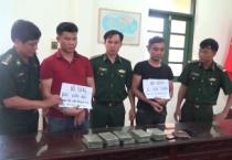 Bộ đội biên phòng tỉnh bắt giữ hai đối tượng vận chuyển trái phép chất ma túy, thu 10 bánh heroin.