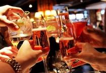 Cấm cán bộ, chiến sĩ uống rượu, bia trước và trong giờ làm việc