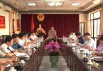 Đoàn giám sát số 1 của HĐND tỉnh giám sát tại huyện Nghĩa Hưng.