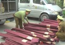 Đội quản lý Thị trường số 1, Cục Quản lý Thị trường tỉnh bắt giữ một xe vận chuyển hàng giả