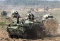 """NATO """"phát hoảng"""" khi 300.000 quân, 1.000 máy bay rầm rộ diễn tập tại Nga"""