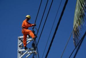 Điều hành giá điện năm 2017 phải bảo đảm ổn định kinh tế vĩ mô