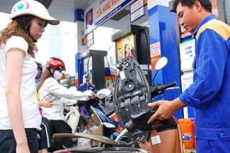 CPI giảm gần 0,25% nhờ hai đợt giá xăng hạ sâu