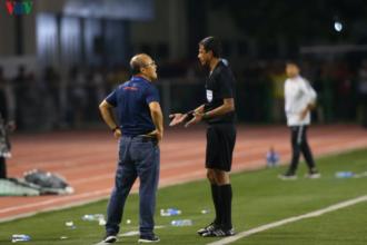 HLV Park Hang Seo bị AFC cấm chỉ đạo 4 trận