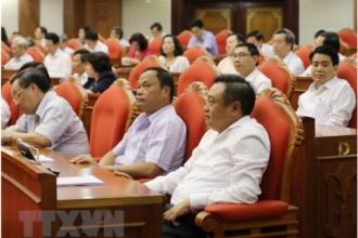 """Hội nghị Trung ương 7: Sẽ có quyết sách dẹp vấn nạn """"cả họ làm quan"""""""